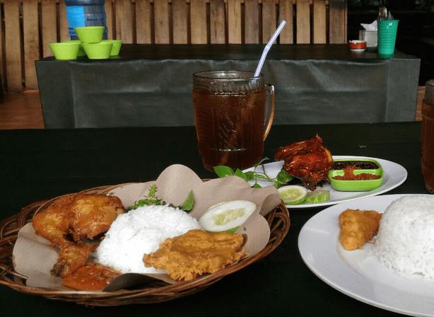 Tempat Makan Paling Enak
