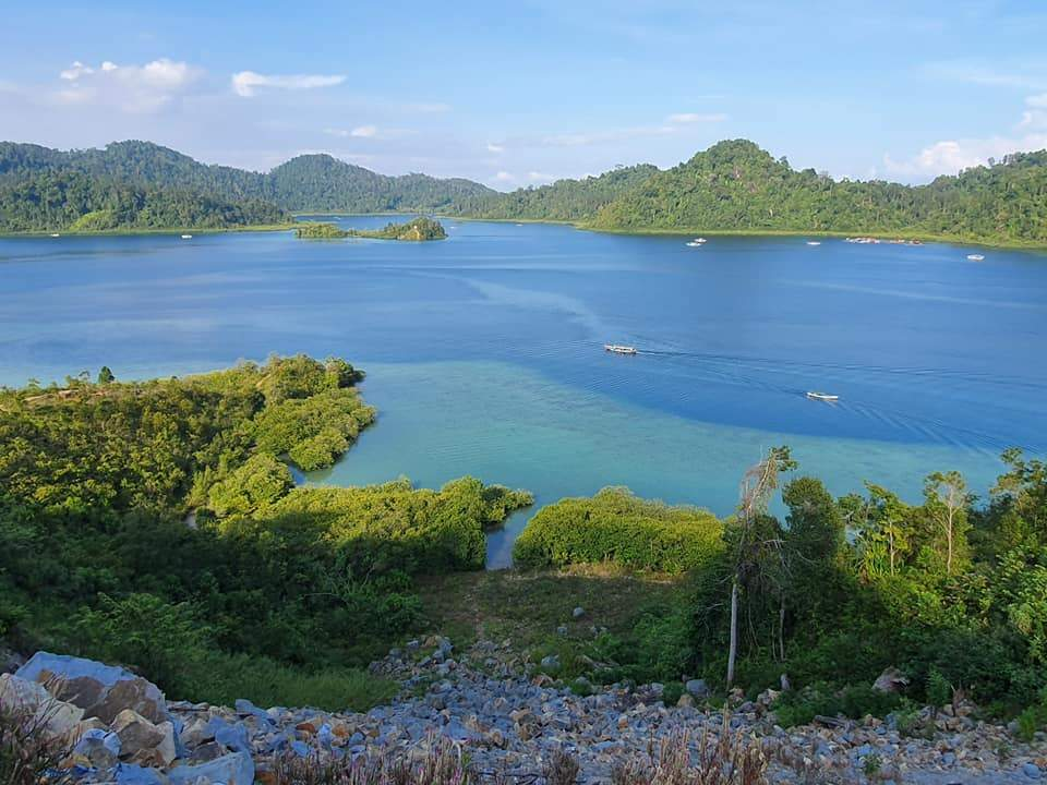 Puncak Mandeh Island Sirandah Island Cubadak Island